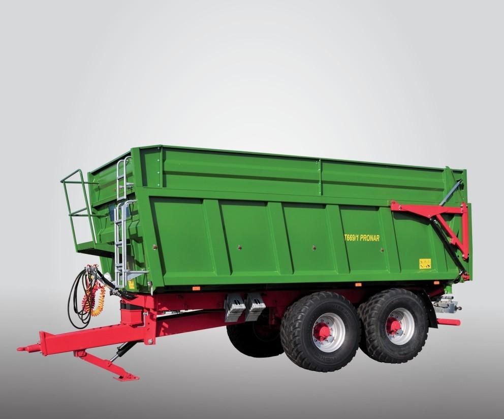 Traktorové prívesy a návesy nad 5 ton (sklápacie)